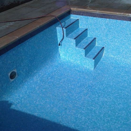 swimming pool tiling in London property