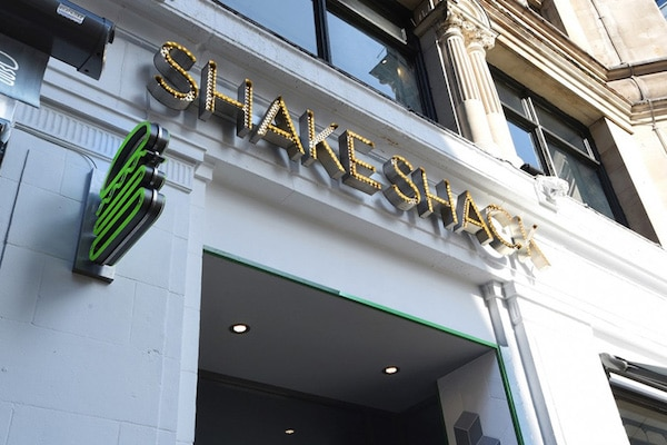 entrance to Shake Shack
