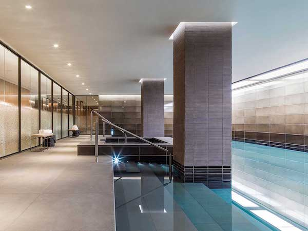 swimming pool tilers in london